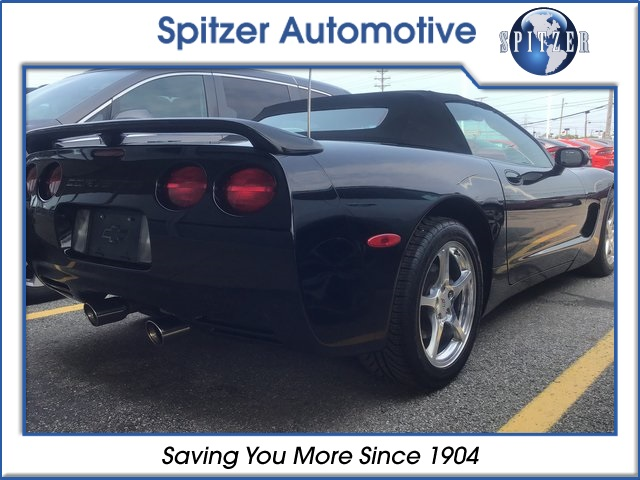 Pre-Owned 2000 Chevrolet Corvette Base